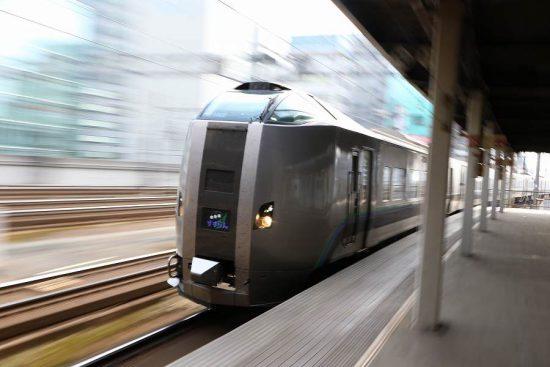ズーム流し 789系 すずらん1号 札幌駅