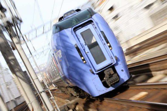 ズーム流し 札幌駅 列車 臨時北斗84号 キハ283系