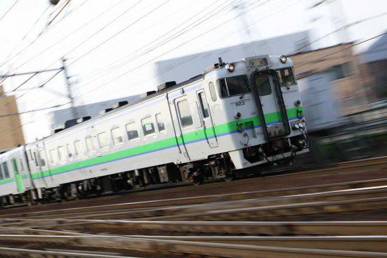 ズーム流し 列車 鉄道 汽車 手稲駅付近