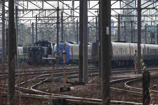 札幌運転所 DE101692 機関車