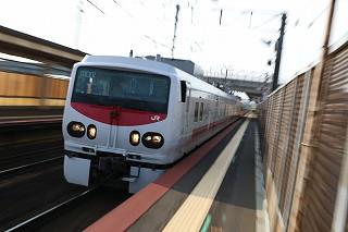 4Dから撮り始めEasti-Dを見送る-朝の札幌駅と札幌運転所の14系客車