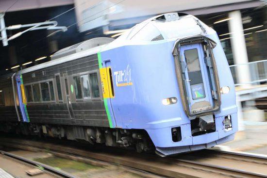 列車 ズーム流し 流し撮り 失敗 札幌駅 スーパー宗谷