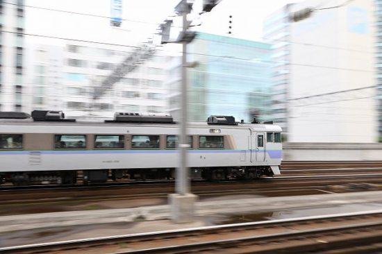 流し撮り 札幌駅 キハ183-104