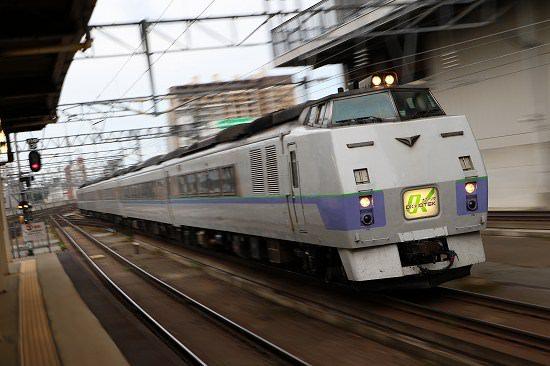 特急オホーツク 6号 札幌駅 5両編成