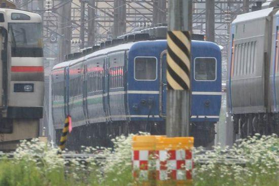 札幌運転所 はまなす客車 青い客車 4両