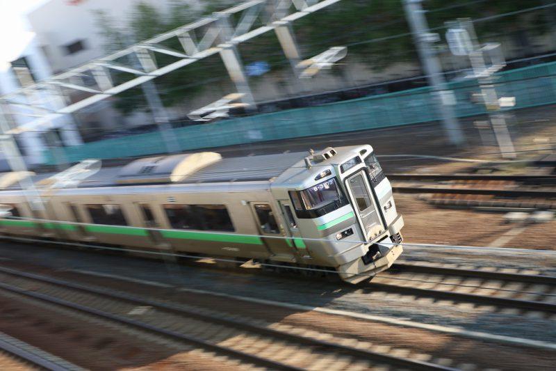 上から流し撮り 列車