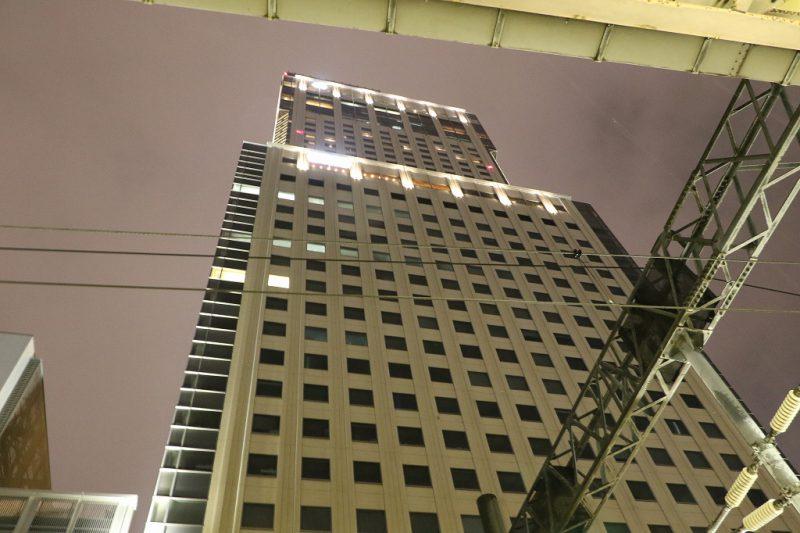 JRタワー 札幌駅から 0.5秒 手持ち 夜