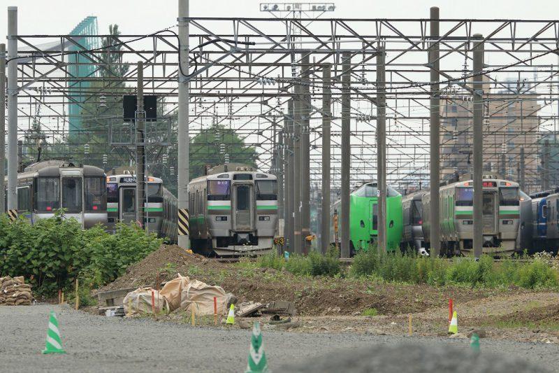 札幌運転所 留置線 緑の789系