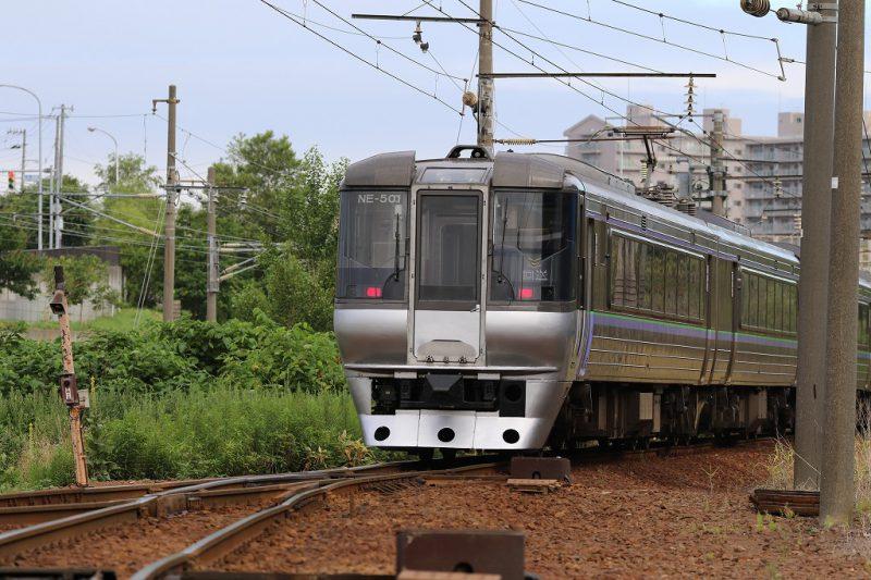 札幌運転所 引込み線 785系