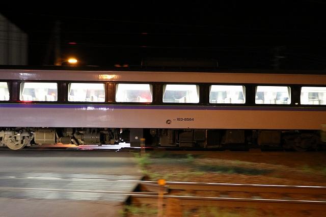 夜の札幌運転所 キハ183