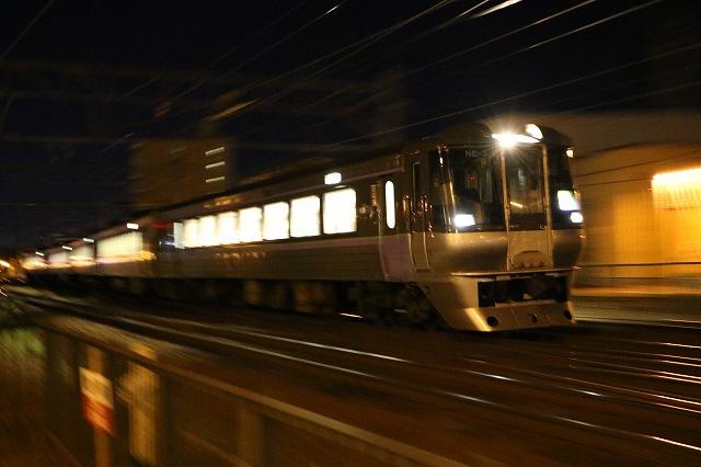 夜間撮影 列車 電写 スーパーカムイ46号