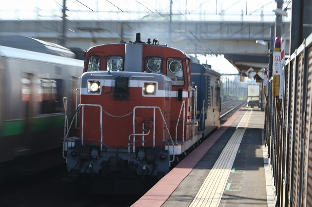 DE152515+マヤ検 稲積公園駅
