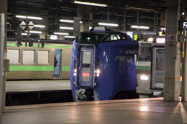 4番線 回送入線 キハ283系臨時列車