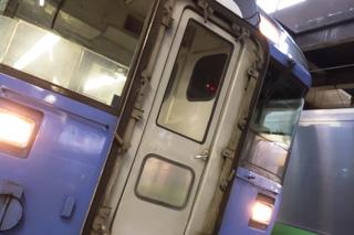 ヘッドマークがない特急オホーツクはガラス割れが原因-大谷エアポートを捕る