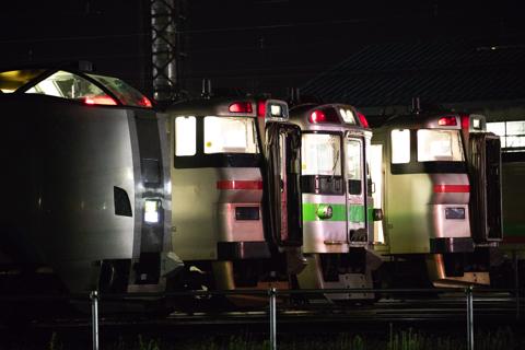 始発前の札幌運転所は面白い!-並ぶ姿と響く汽笛の音に時間を忘れる